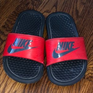 Nike slides! Kids size 11c. Sold as is!